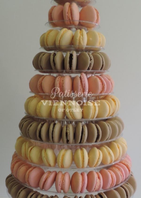 Individual Cakes: Image 4 (Macaroon Tower)